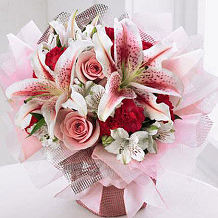Starshine Bouquet: Flower Delivery in USA