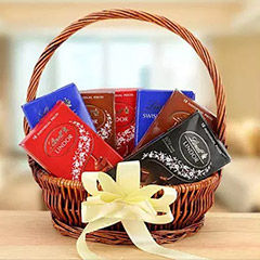 Gift Chocolates Online to Dubai