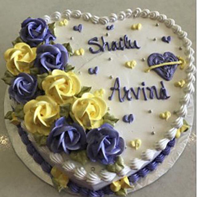 Eggless Heartshaped Vanilla Cake
