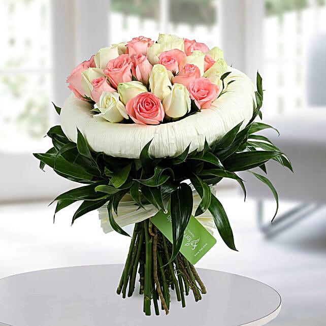 Appealing pink n white roses bunch gift pink n white beauty appealing pink n white roses bunch mightylinksfo