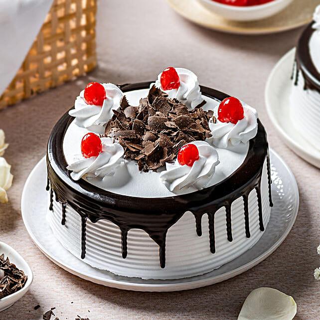 Blackforest Cake 2kg Eggless