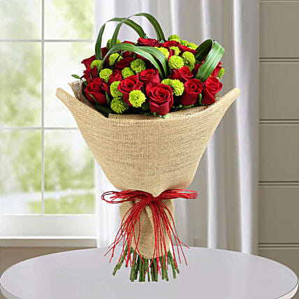 classic red roses hand tied bouquet gift 25 roses bouquet online
