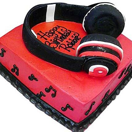 Headphone Shape Cake 2Kg Eggless Chocolate