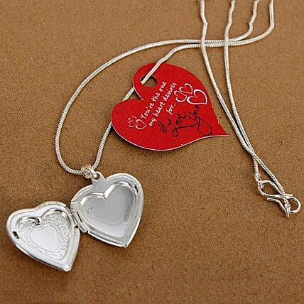 my love heart locket gift my love heart locket ferns n petals