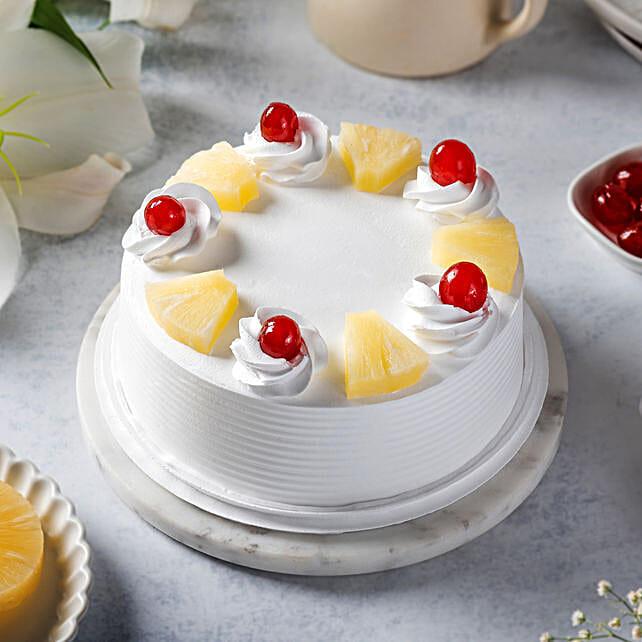 Pineapple Cakes Half Kg Eggless