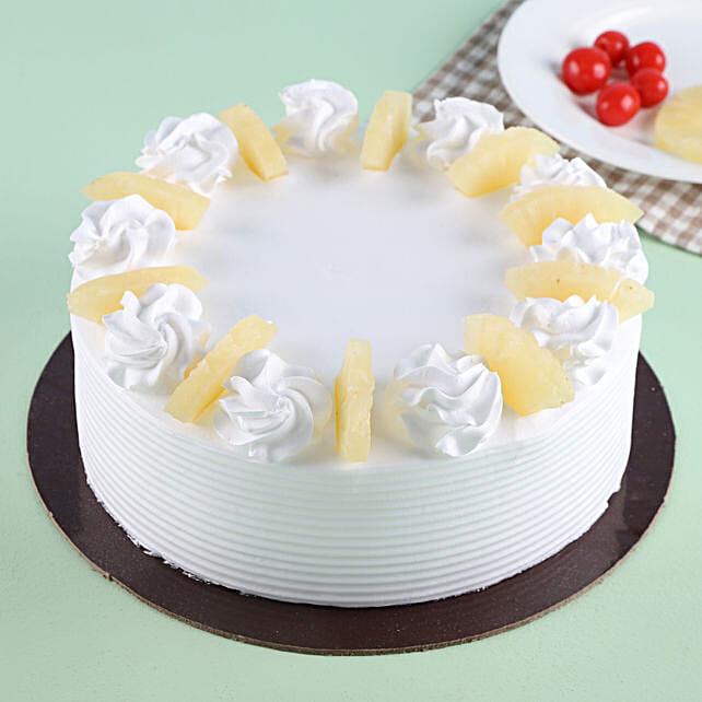 Pineapple Round Cake 2kg Eggless