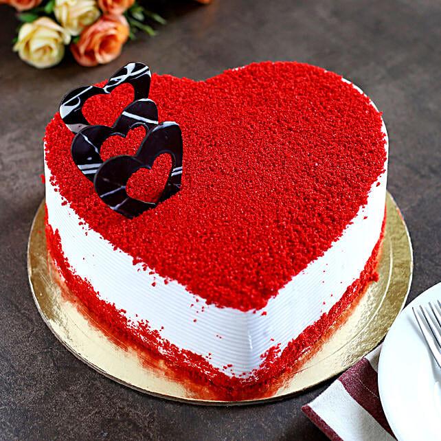 Red Velvet Heart Cake 1kg Eggless