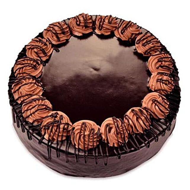 Yummy Chocolate Rambo Cake 3kg Eggless