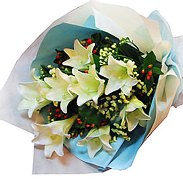 8 Madonna Lilies