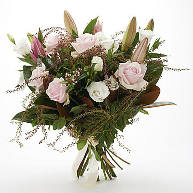 Fresh Roses N Lilies Bouquet