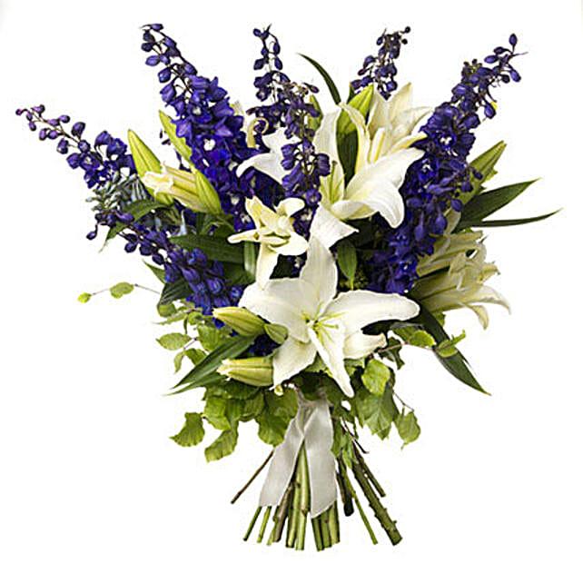 White N Blue Bouquet