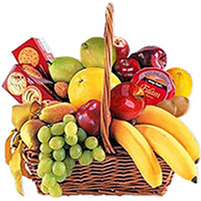 Cheese Crackers n Fruit Basket oma