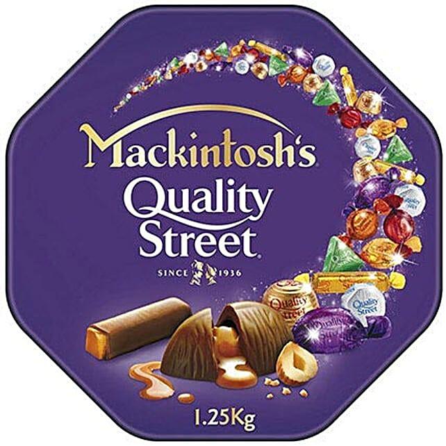 Mackintoshs Quality Streets Treat