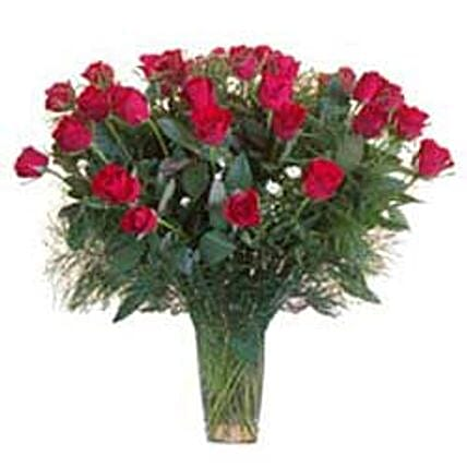 15 Red Roses in Glass Vase SA