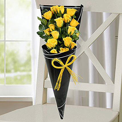 18 Yellow Roses Bunch