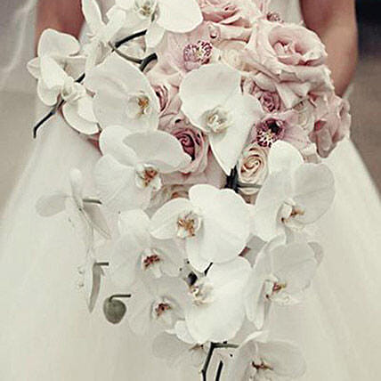 Chic Bridal Bouquet