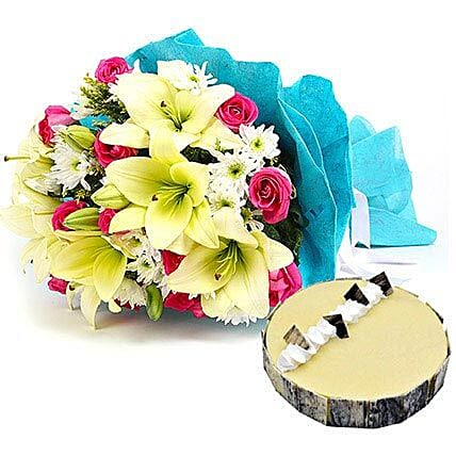 Elegant Bouquet with Cake