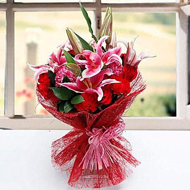Exotic Carnation Premium
