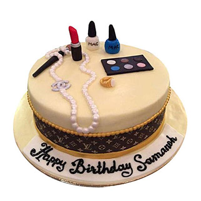 Make up kit Cake