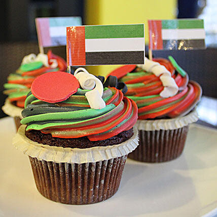 National Day Cup Cakes 12 Pcs