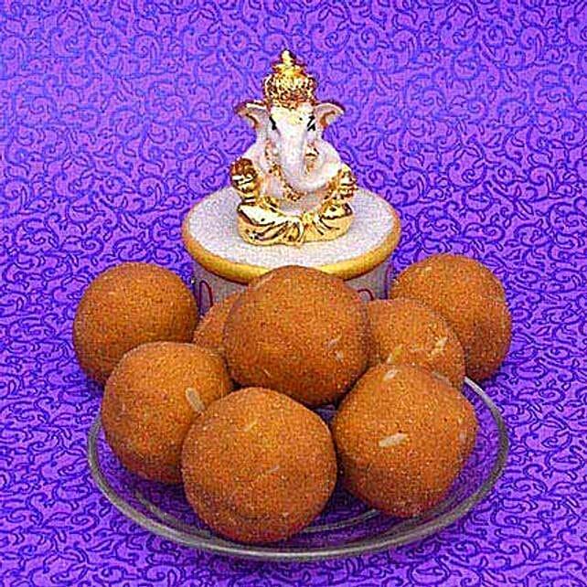 Besan Laddoo With Ganesha